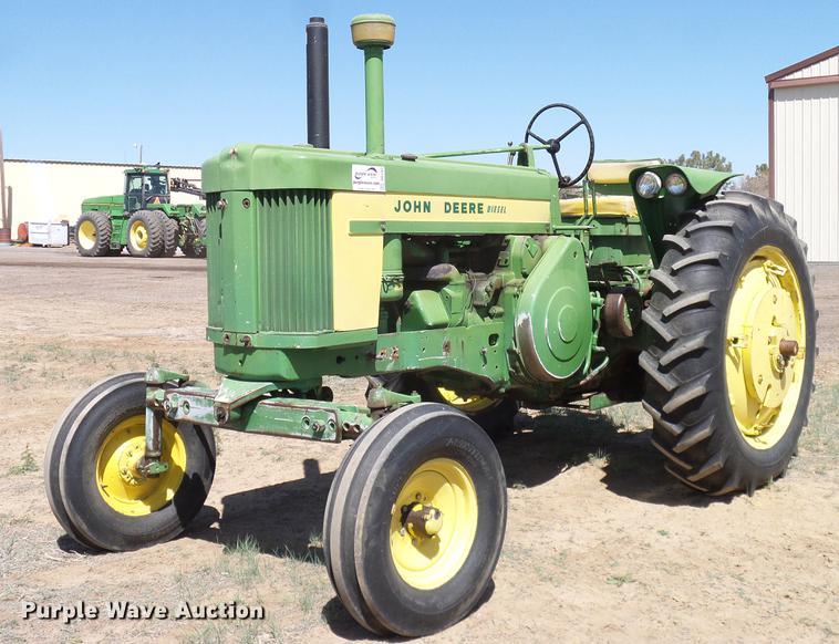 1958 John Deere 720 tractor