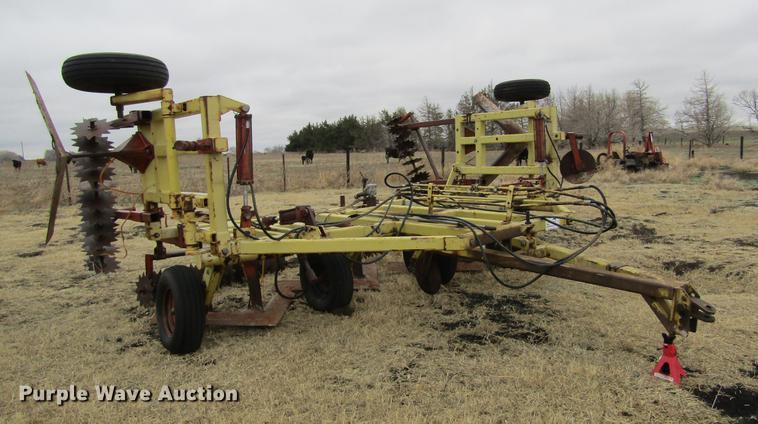 Myers 5X5 sweep plow