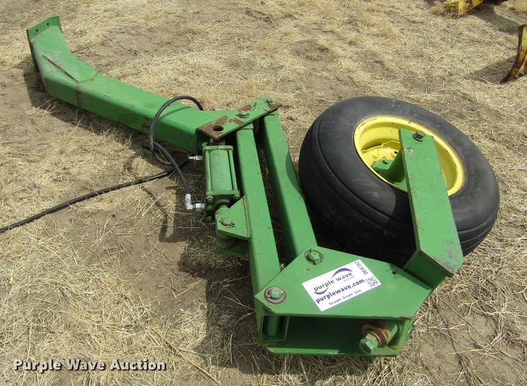 John Deere wheel assembly