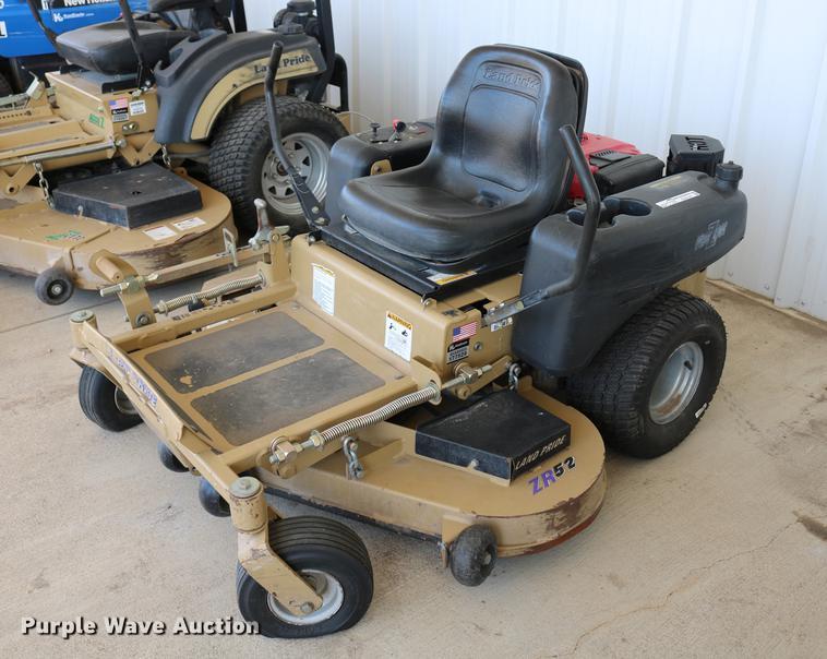 Land Pride ZR52 ZTR lawn mower