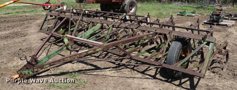 John Deere CCA field cultivator