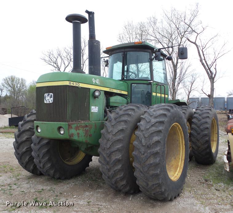 2006 John Deere 8430 4WD tractor