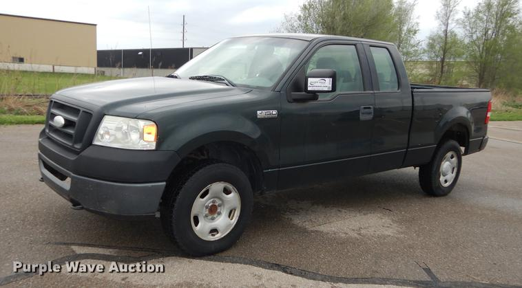 2006 Ford F150 XL SuperCab pickup truck