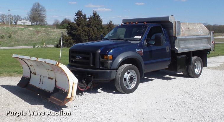 2008 Ford F550 Super Duty XL dump truck