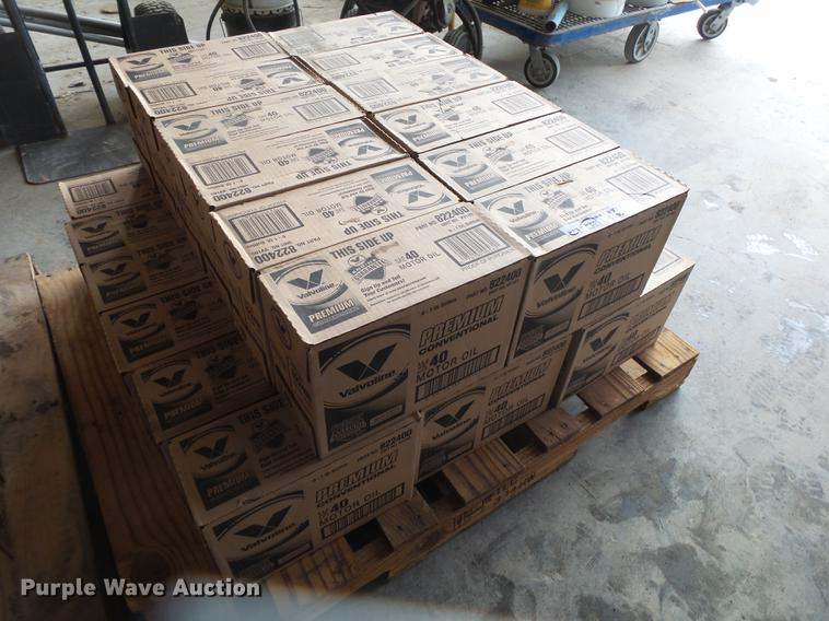 (30) cases of Valvoline 40W engine oil