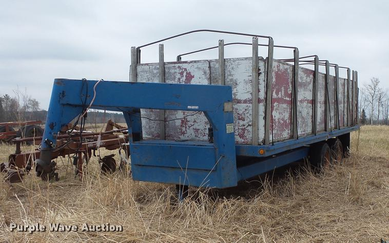 1982 Fairmount dump trailer