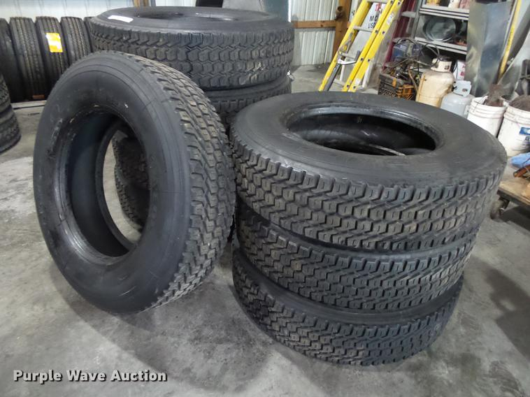 (8) 295/75R22.5 recapped tires