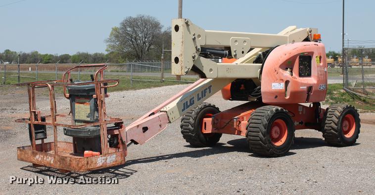 2000 JLG 450A boom lift
