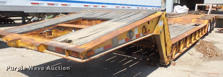 1972 Load King 403DPP lowboy equipment trailer