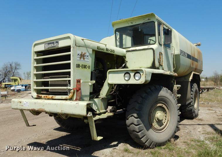 1974 Euclid R35 water truck
