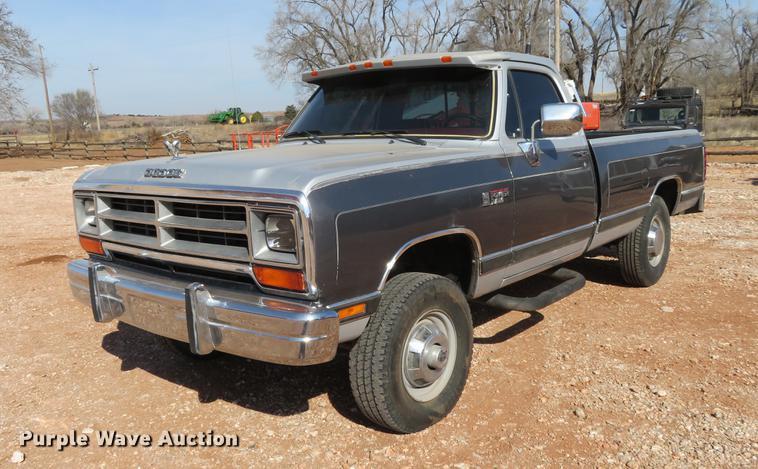 1990 Dodge Ram 250 pickup truck