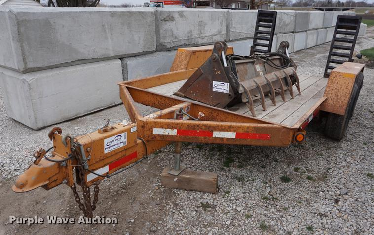 2001 Redi Haul utility trailer