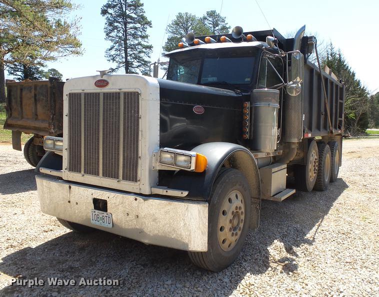 1993 Peterbilt 379 dump truck
