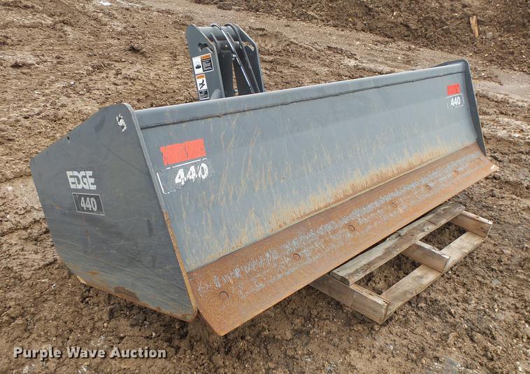 Edge 440 box blade