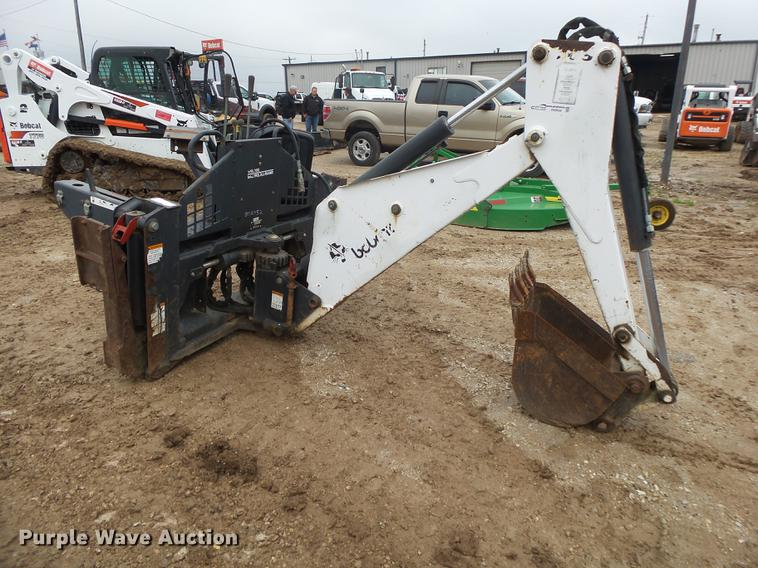 Bobcat 709FDS backhoe attachment