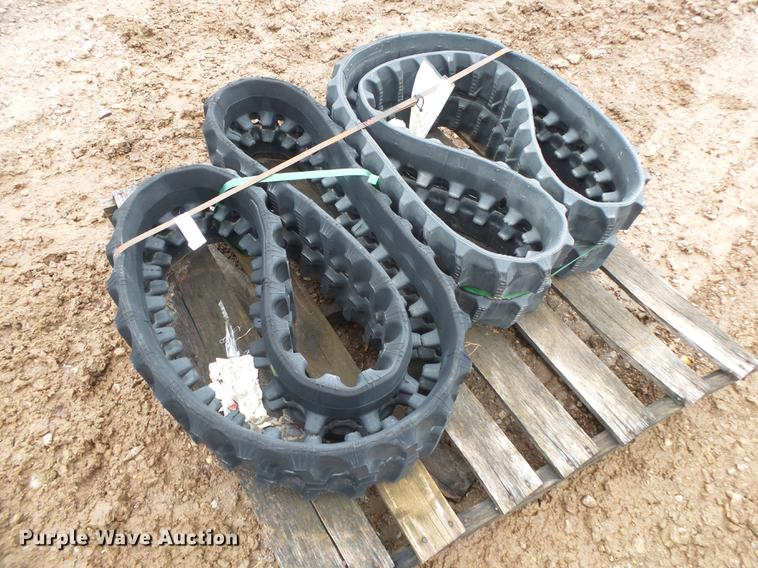 Trellbong rubber tracks