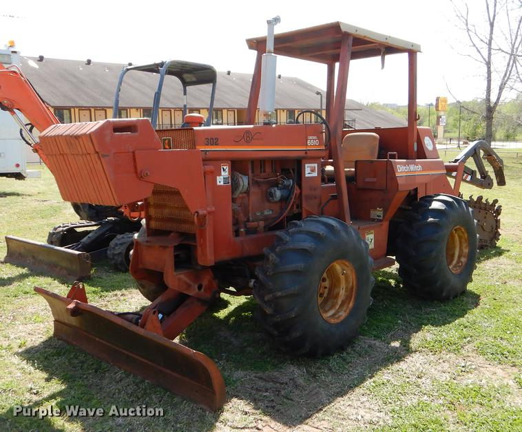 Ditch Witch 6510DD trencher