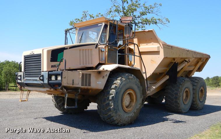 Bell B40C haul truck