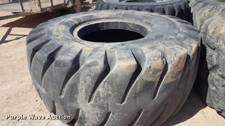 (4) tires