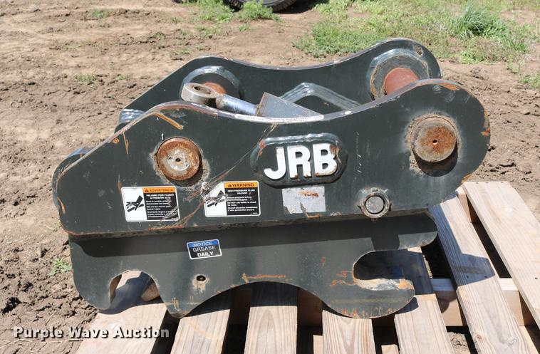 JRB PC200 hydraulic quick coupler