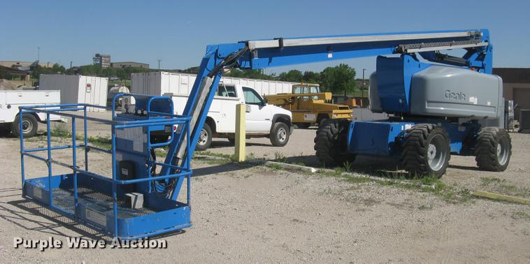 2003 Genie Z-80/60 boom lift