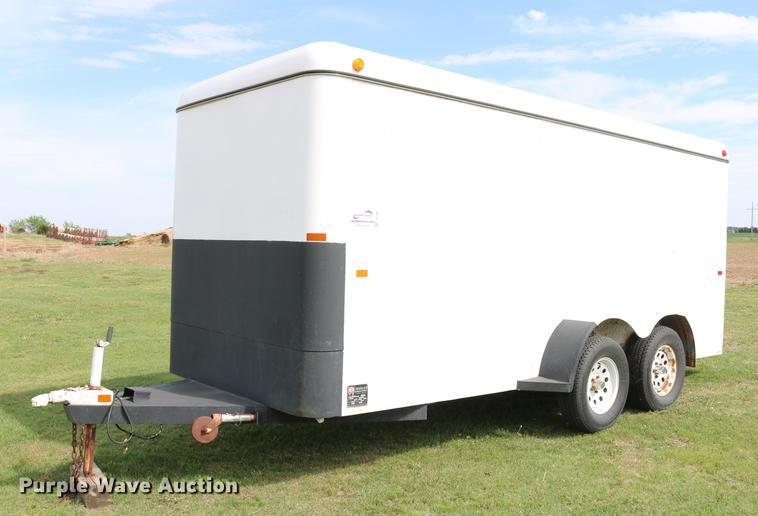 1997 WW Trailer enclosed cargo trailer