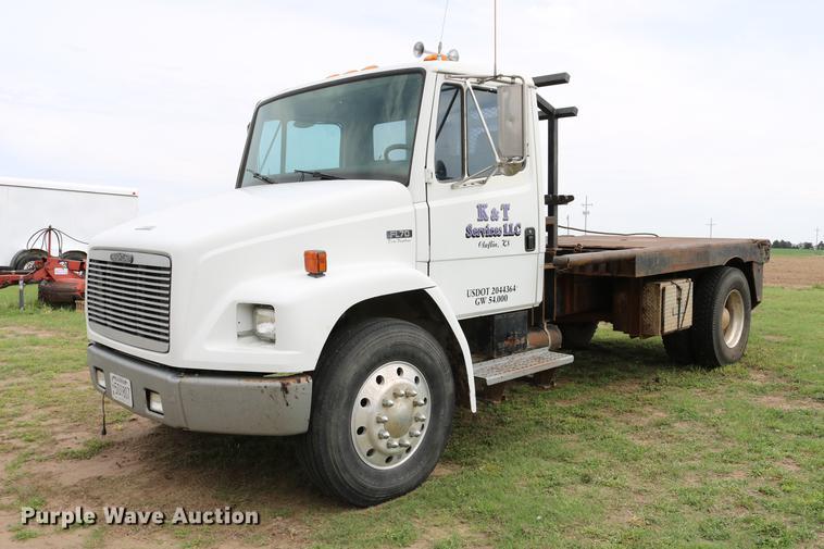 1994 Freightliner FL70 winch truck