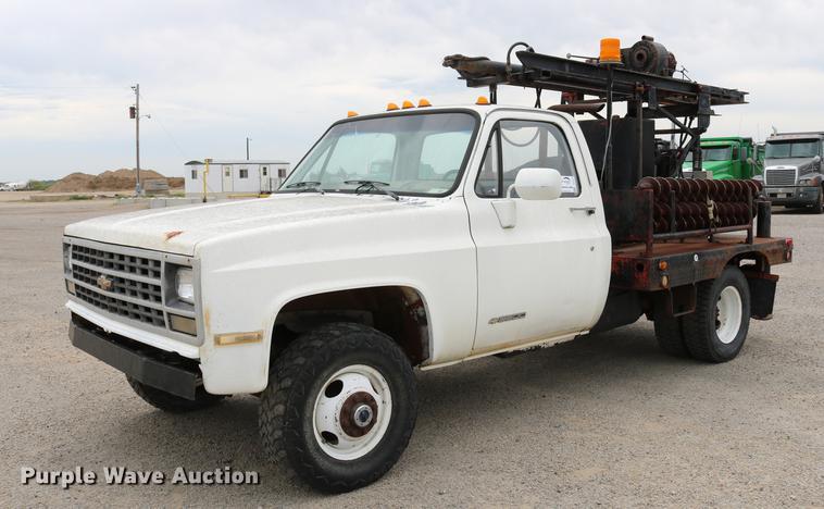 1989 Chevrolet C3500 core drill truck