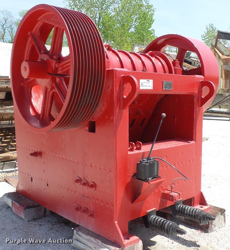 Pioneer Engineering 3042 jaw crusher