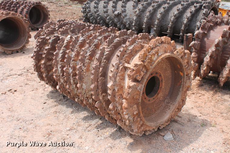 Caterpillar CMI cutter drum mill head
