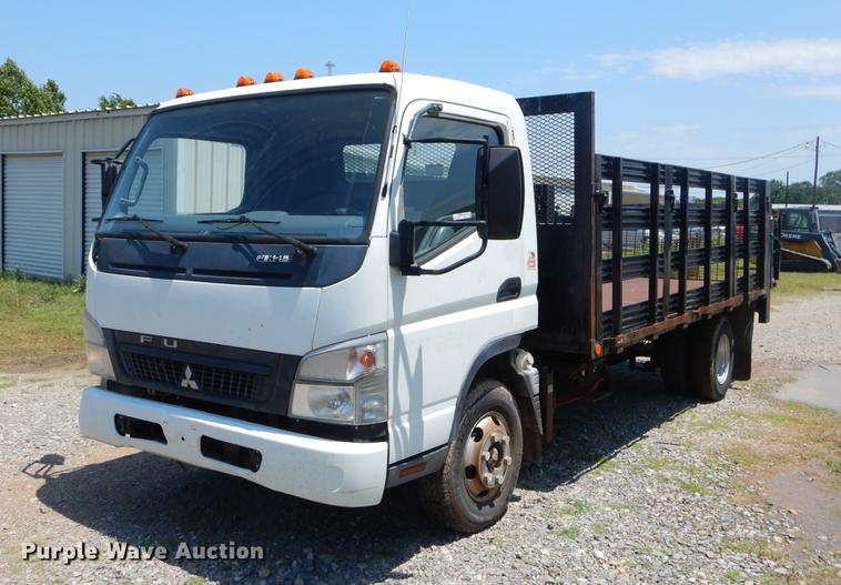 2008 Mitsubishi FUSO flatbed truck