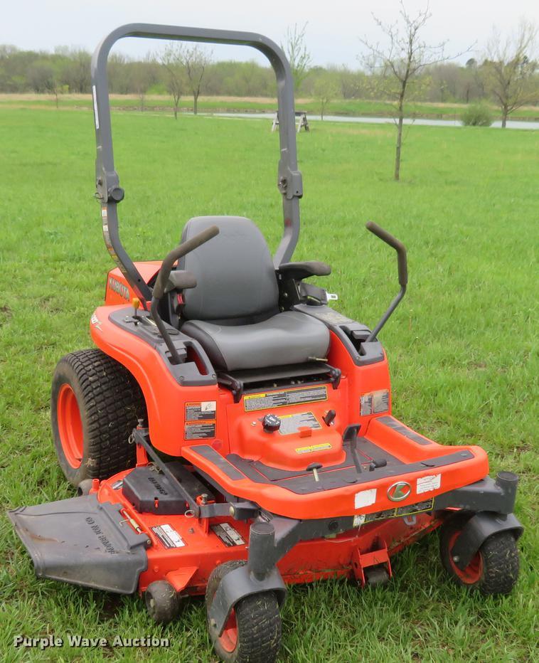 Kubota ZG227 ZTR lawn mower