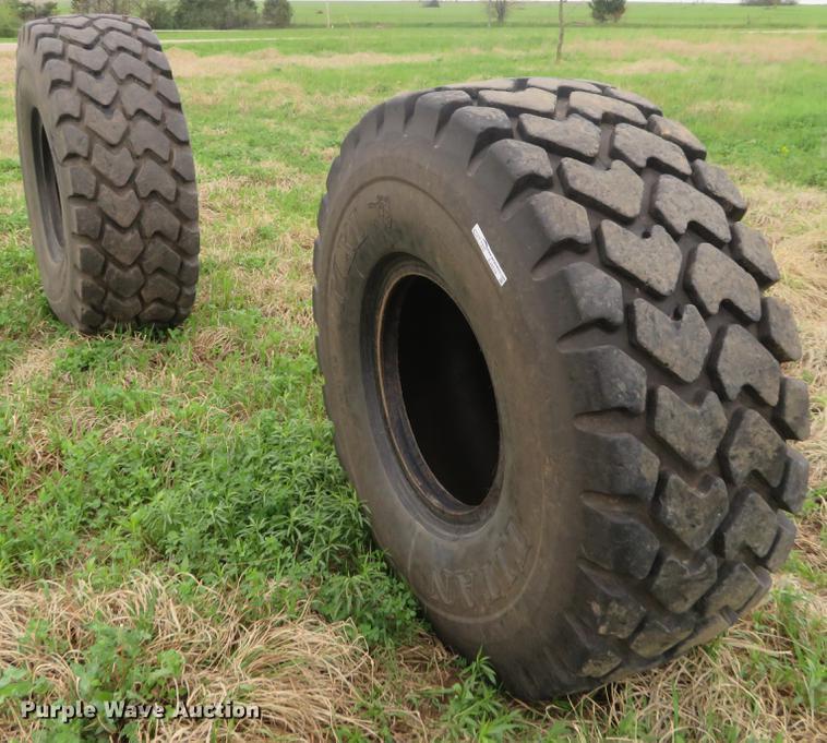 (2) Titan MXL 23.5R25 tires