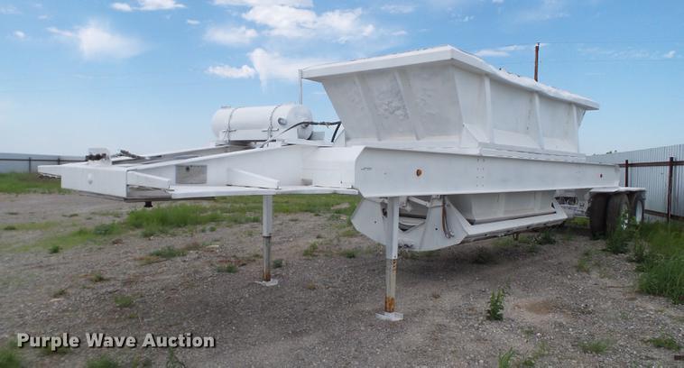1981 Multech bottom dump trailer