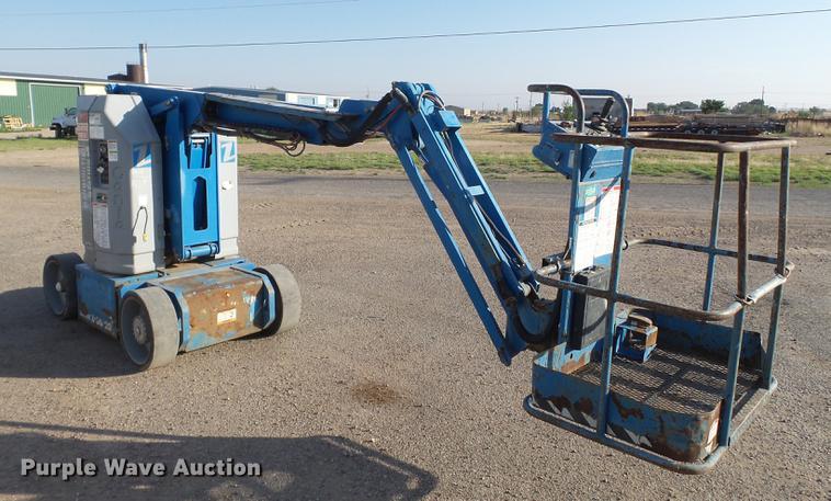 Genie Z30/20N boom lift