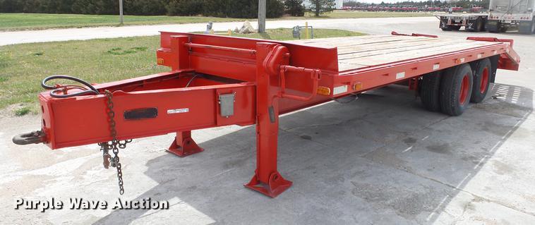 1977 Triangle K equipment trailer