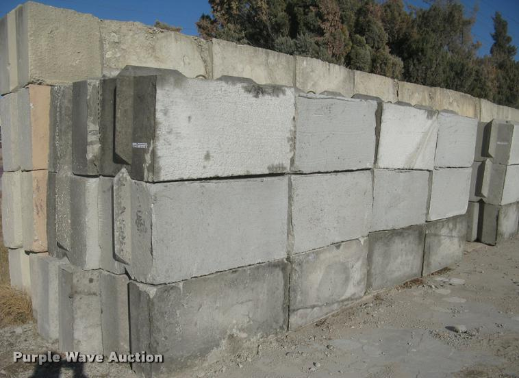 (48) concrete edge bunker block