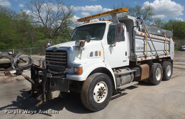 2010 Sterling L7500 dump truck