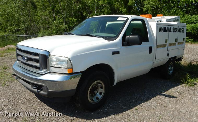 2004 Ford F250 Super Duty XLT utility bed pickup truck