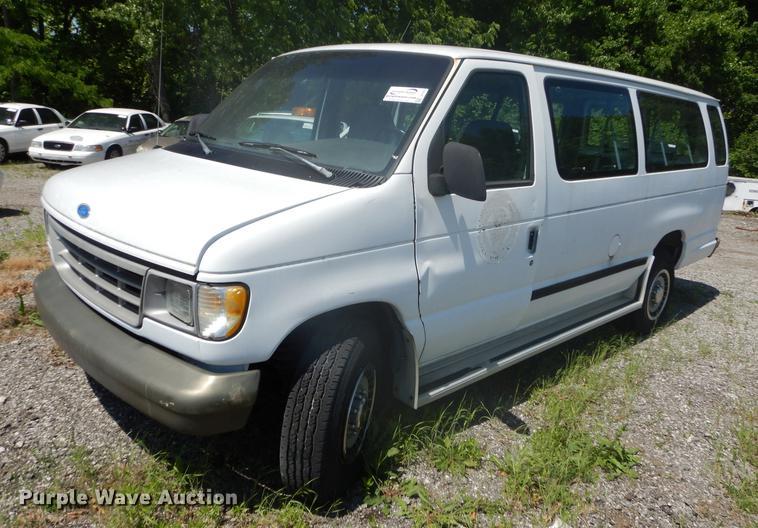 1993 Ford Club Wagon E350 van