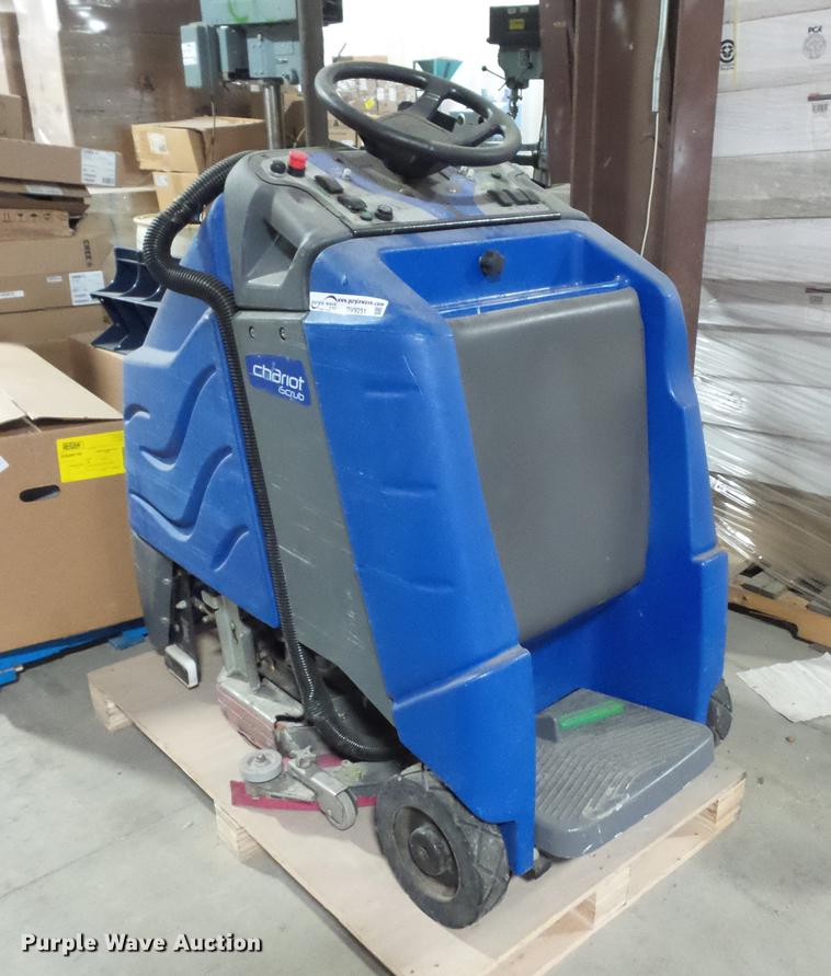 Windsor Chariot iScrub floor scrubber