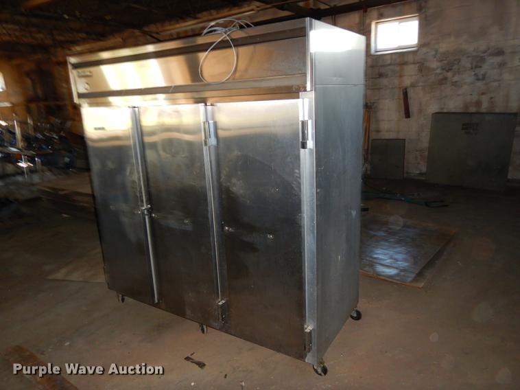 Continental 3R refrigerator