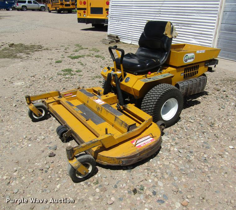 Walker MCSD lawn mower