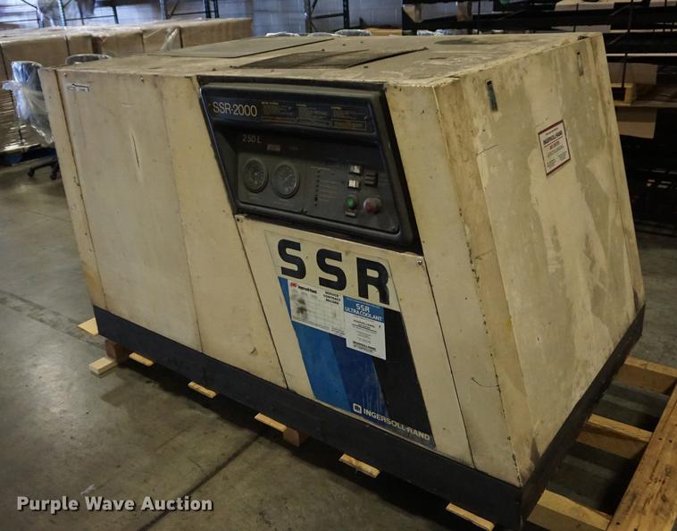 Ingersoll Rand SSR-2000 air compressor