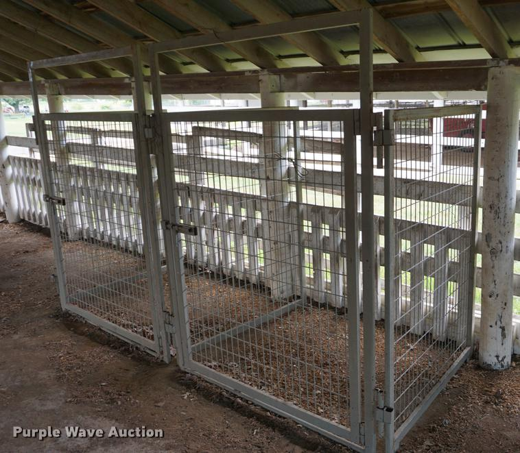 (48) Brewers Country Corral goat pens