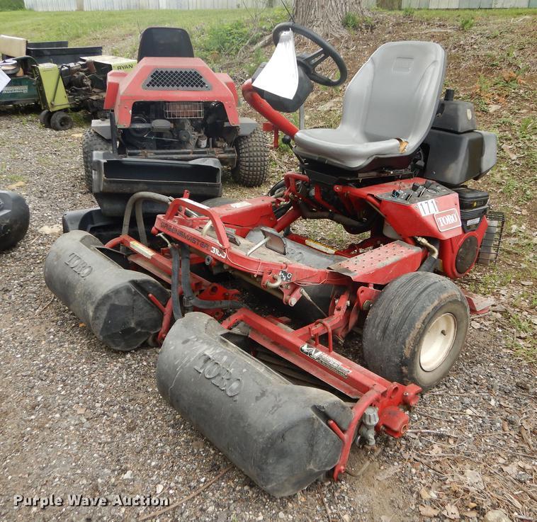 Toro Greenmaster 3100 reel mower