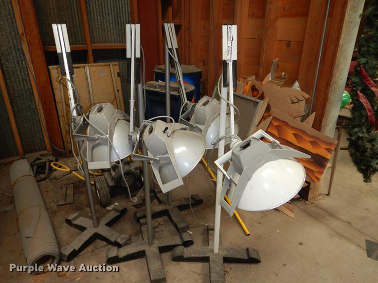 (4) Burton Medi-Quip 200 lamps