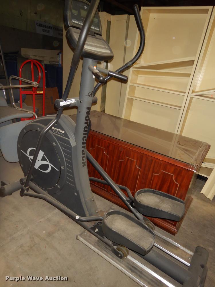 Nordic Track CX1600 elliptical trainer