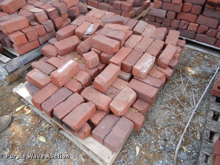 Approximately 1,100 Buffalo bricks