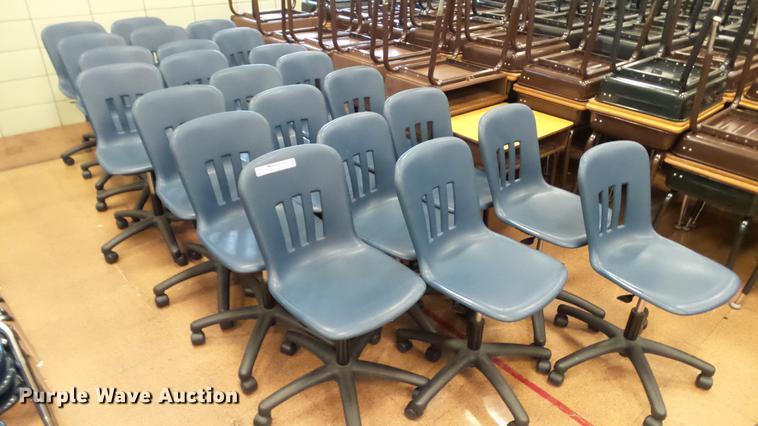 (23) plastic chairs